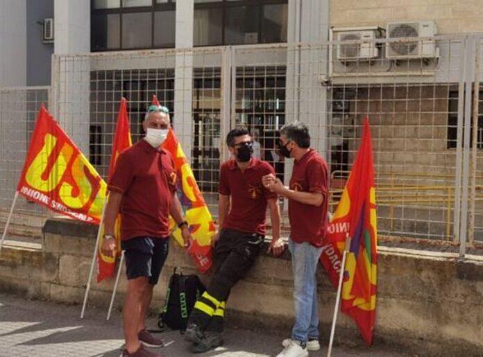 protesta vigili del fuoco usb calabria