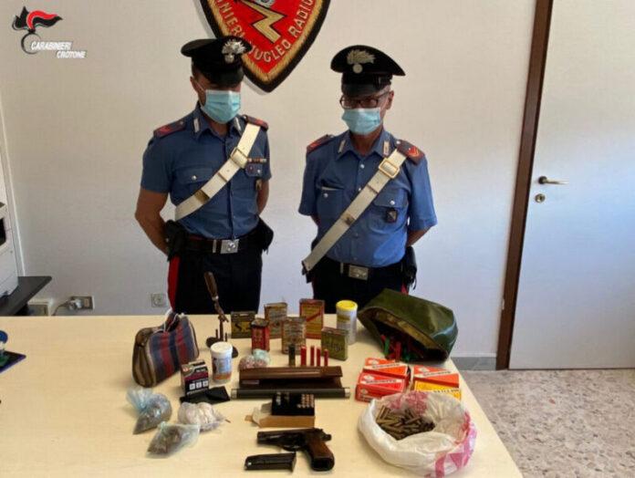 sequestro armi munizioni crotone