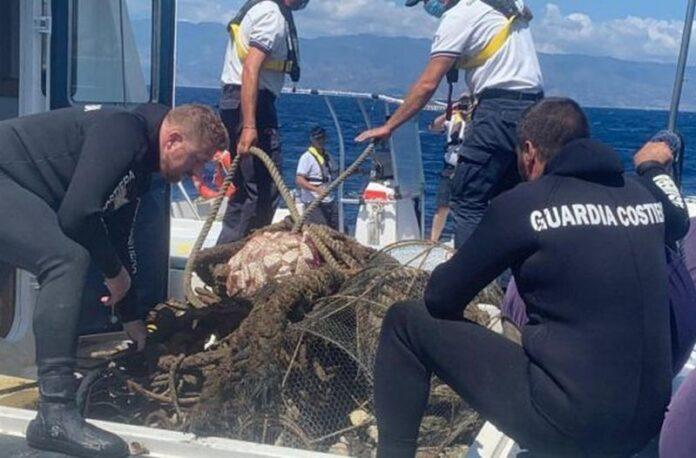 pesca illegale tirreno