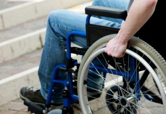 carrozzina disabile barriere architettoniche