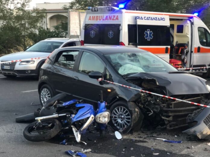 incidente stradale Montepaone