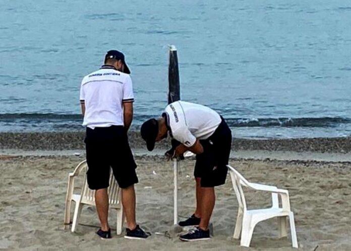 spiagge occupate abusivamente