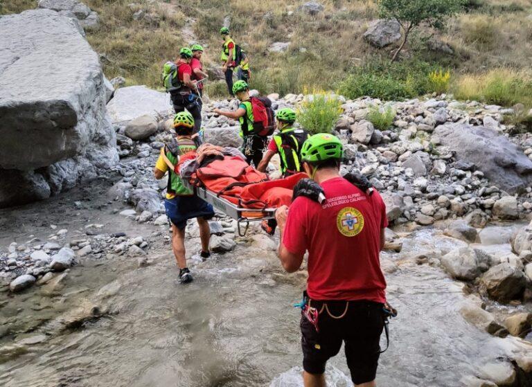 Accusa un malore sul Pollino, escursionista salvato dal soccorso alpino