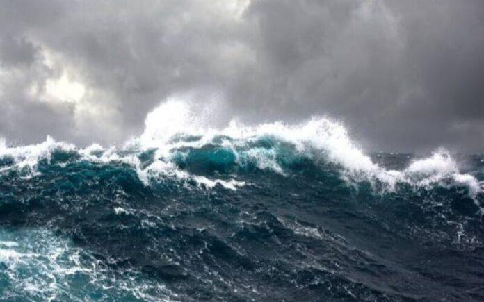 muore annegato mare mosso Tirreno cosentino