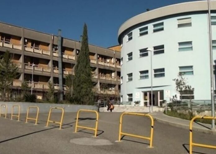 ecografo rotto ospedale Castrovillari