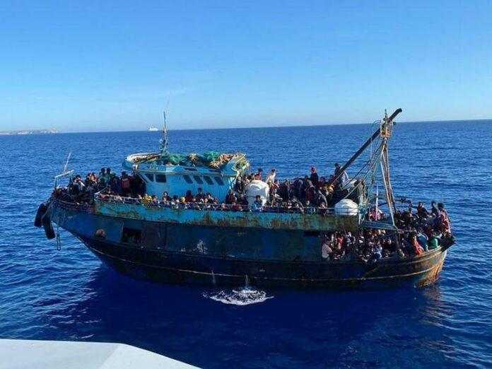 sbarco migranti reggio calabria