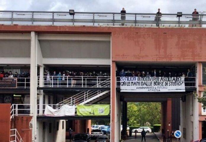 Studenti Unical in protesta