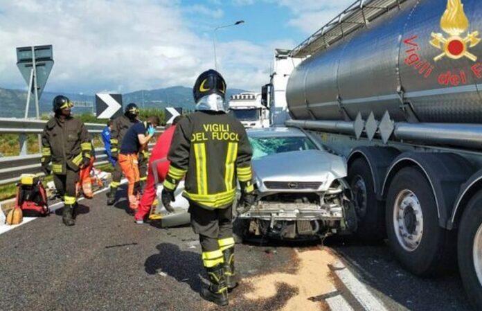 lamezia incidente autostrada